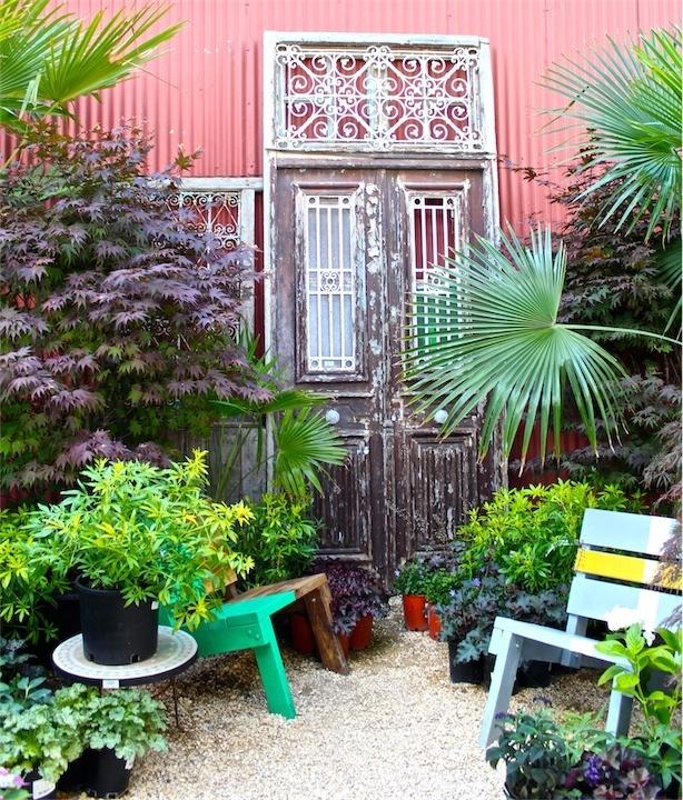 Flora Grubb Delights Bloggers With Pots Plants And Garden Design Simple Garden Design Images Decor